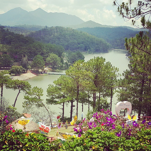 Dalat's charm is underscored by its bevy of beautiful lakes. PHOTO BY @xuvi96
